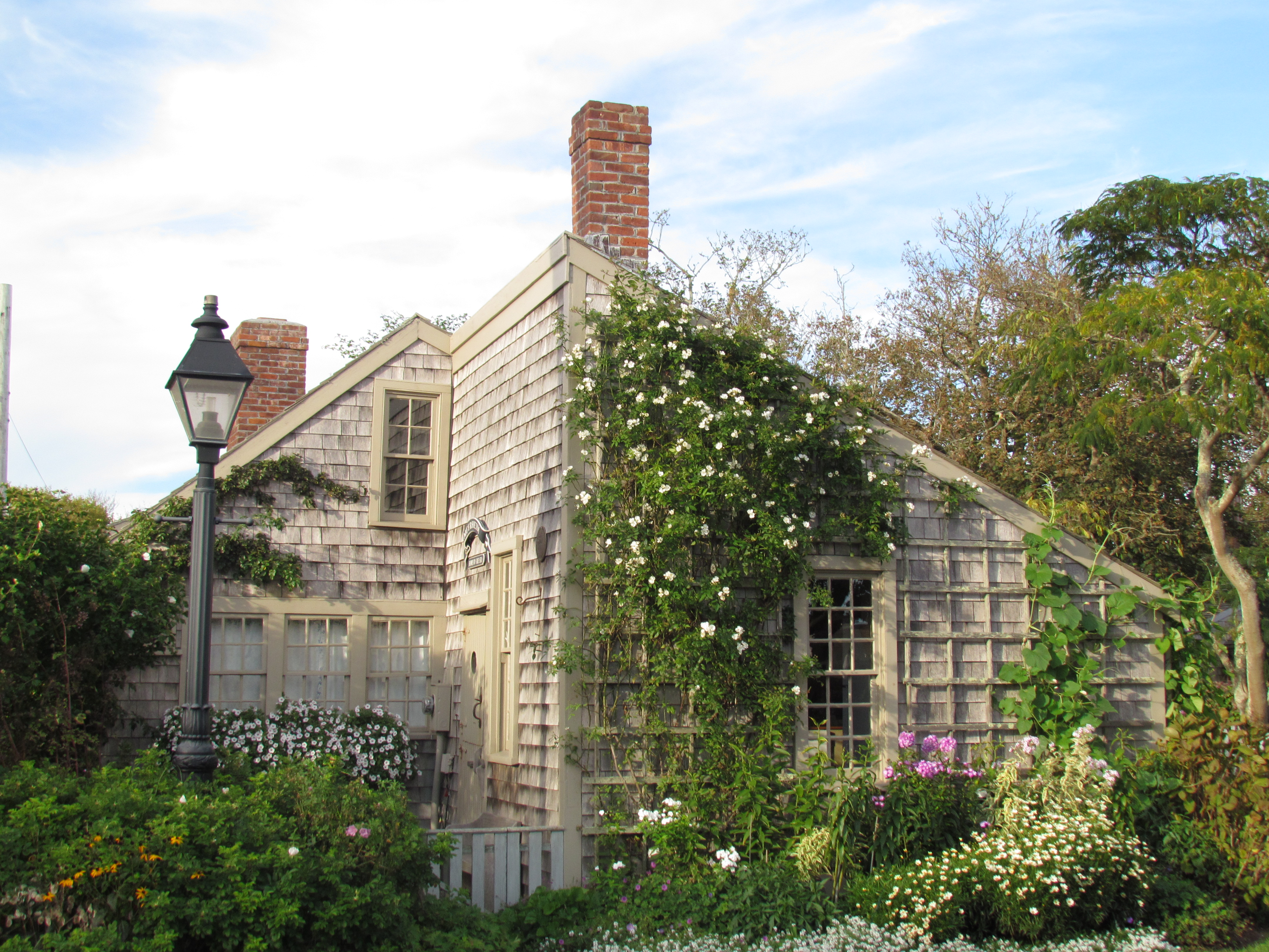 listings bath cottages congdon street coleman ma coffin cottage real nantucket bed